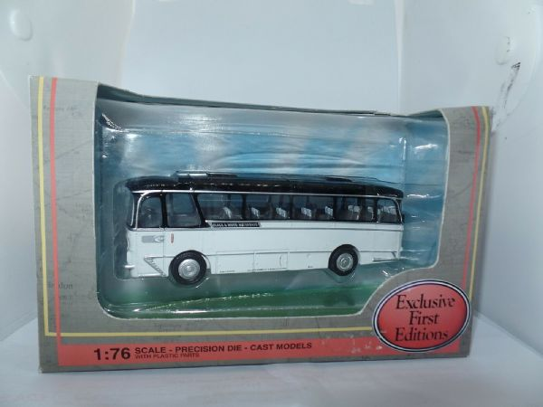 EFE 12309 Harrington  Grenadier Coach Black & White Motorways